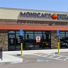 Chain: Monical's Pizza